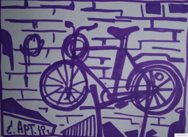 Велосипед на стене рисунок/фото